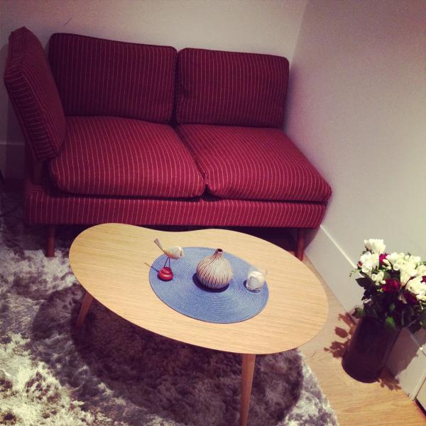Photos meuble industriel et meuble scandinave en situation for Canape lit tres bonne qualite