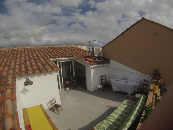 L'applique col de cygne sur ma petite terrasse toute neuve ! Elle illumine nos ap�ros ;-)