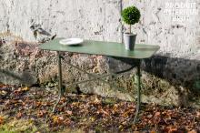 TABLE MéTALLIQUE COMBOURG