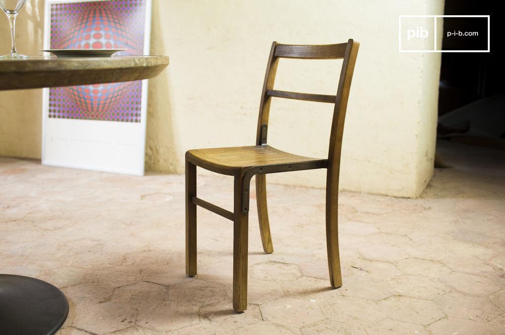 chaise de bistrot abbesses bois de ch ne bien fini pib. Black Bedroom Furniture Sets. Home Design Ideas