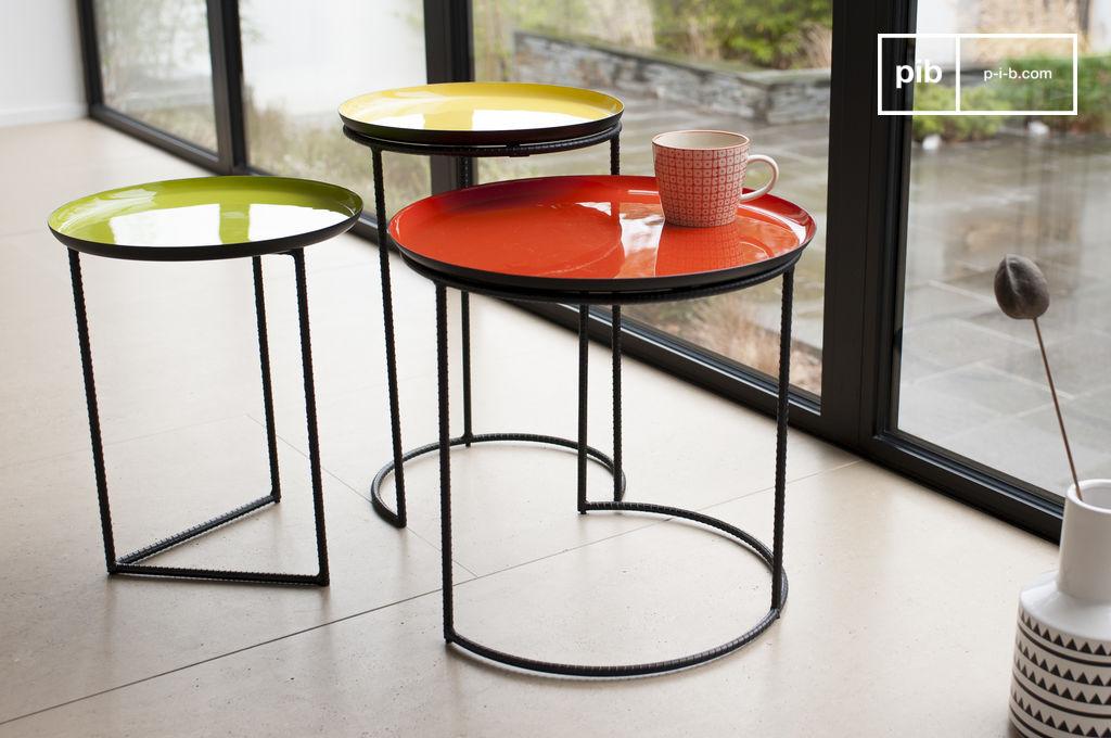 Table gigogne tricolore kirk set de trois tables pib for Table gigogne but