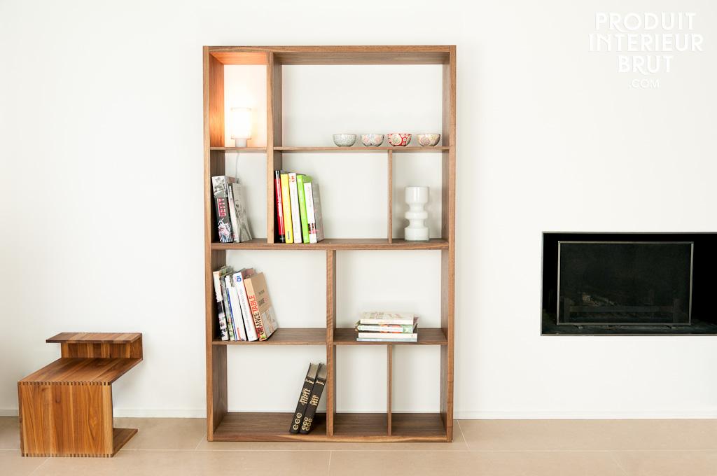 etag re en noyer n ten meubles scandinaves l 39 l gance. Black Bedroom Furniture Sets. Home Design Ideas