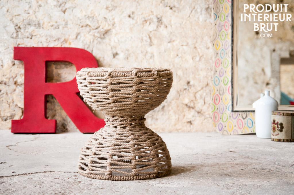 tabouret arpillera une assise d 39 appoint originale pour une d co campagne r ussie. Black Bedroom Furniture Sets. Home Design Ideas