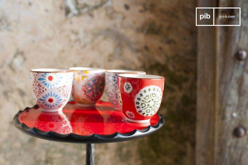 Les quatre tasses expresso Tzigane sont de jolis récipients qui vous permettront de déguster votre
