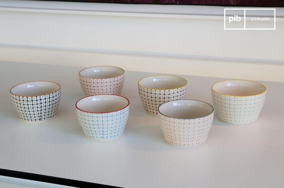 Les 6 petits bols Brüni sont des superbes éléments de vaisselle pleins de charmes qui