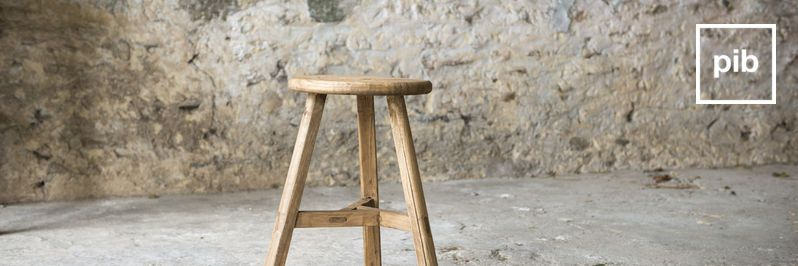 Ancienne collection de tabouret scandinave