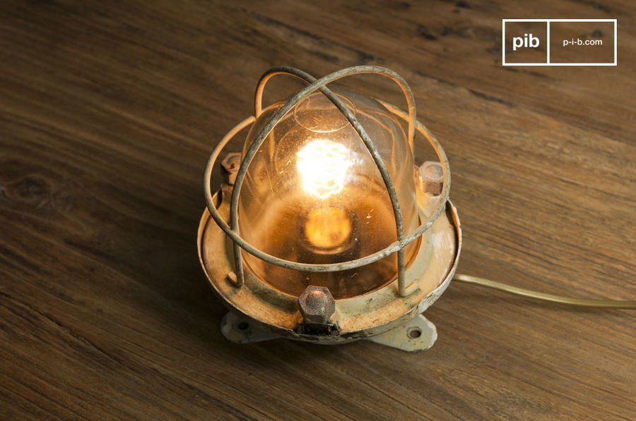 et la lampe design fut. Black Bedroom Furniture Sets. Home Design Ideas