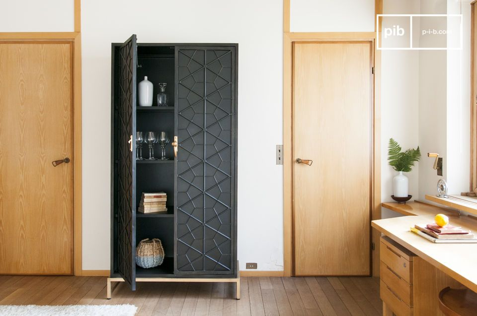 armoire en m tal lennon avec portes motifs graphiques pib. Black Bedroom Furniture Sets. Home Design Ideas