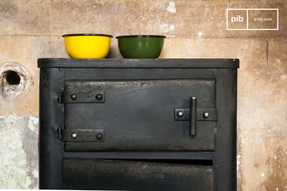 L\'armoire Mox est un meuble de rangement qui ne vous laissera pas indifférent