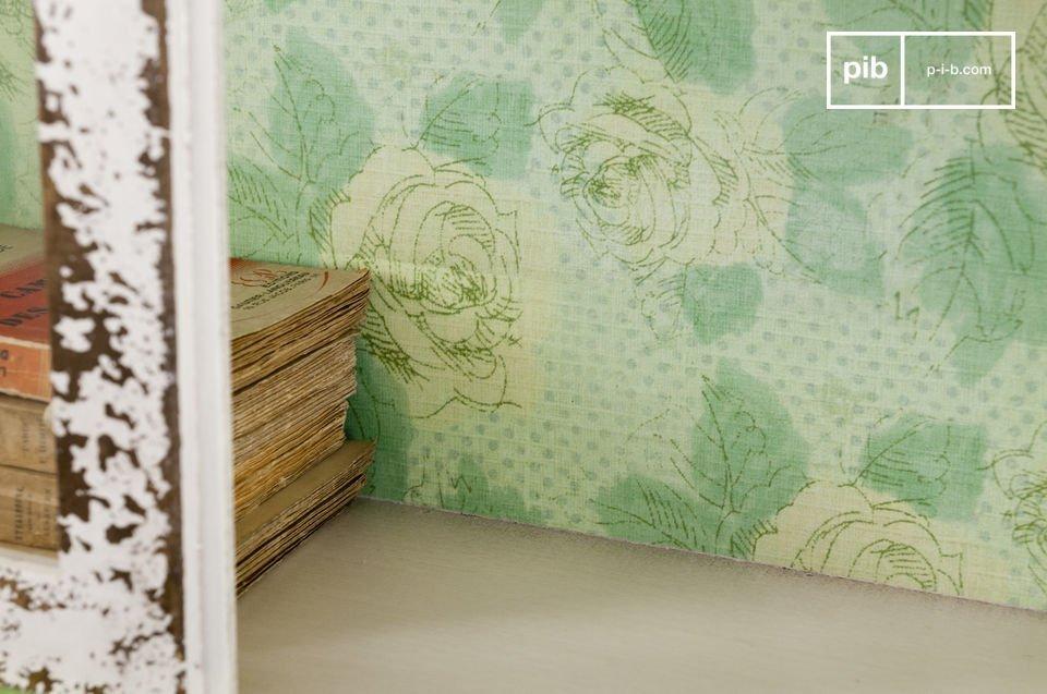 L\'armoire murale Bohème est un petit meuble aux doux accents de campagne qui saura vous charmer