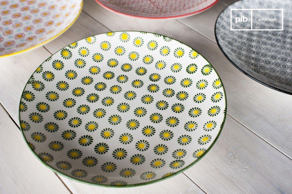 Les assiettes rondes Julia conféreront un charme rétro indéniable à votre intérieur et plus
