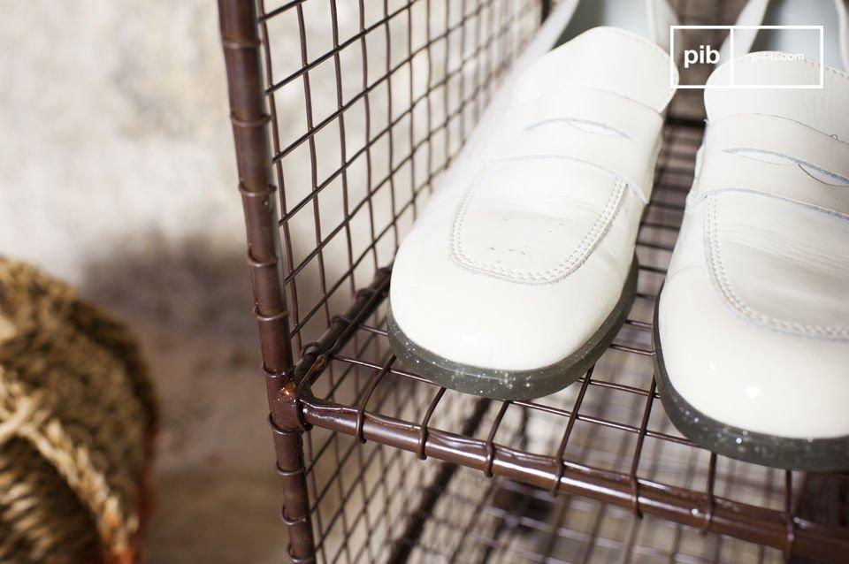 Le banc Gradel est un meuble métal qui allie style vintage et praticité