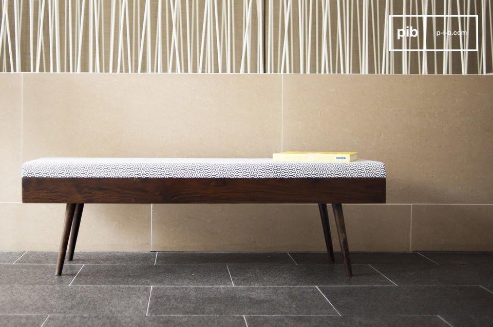 Optez pour un banc sobre et élégant qui contribuera à l\'ambiance raffinée d\'une entrée ou d\'une chambre