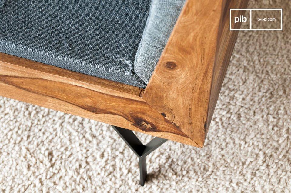 Un canapé 3 places compact et élégant