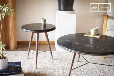 Bout de canapé en marbre noir Sivärt