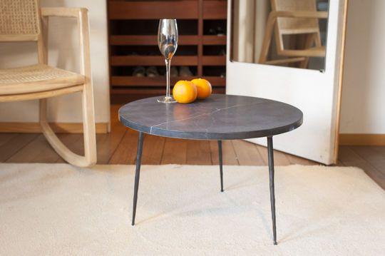 Bout de canapé en marbre noir Vilma