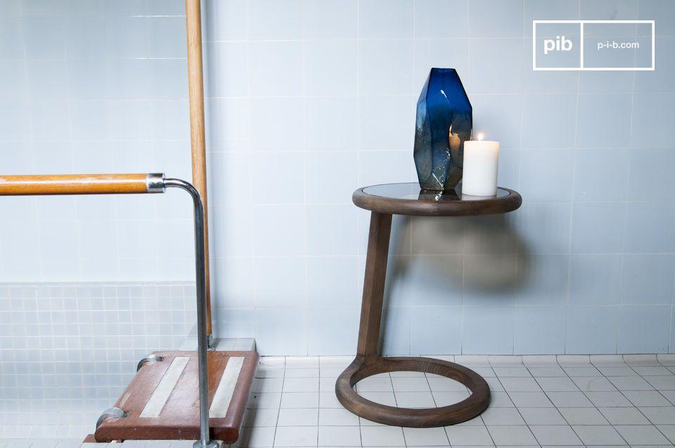L'accord bois et verre dans d'élégantes rondeurs vintage