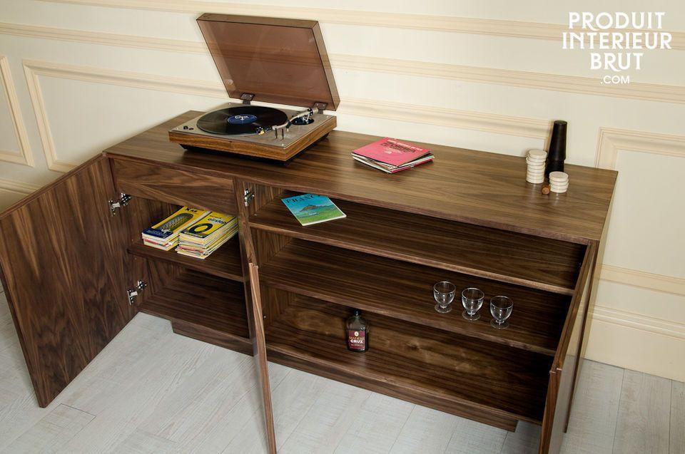 Avec son style résolument vintage qui rappelle les années 60