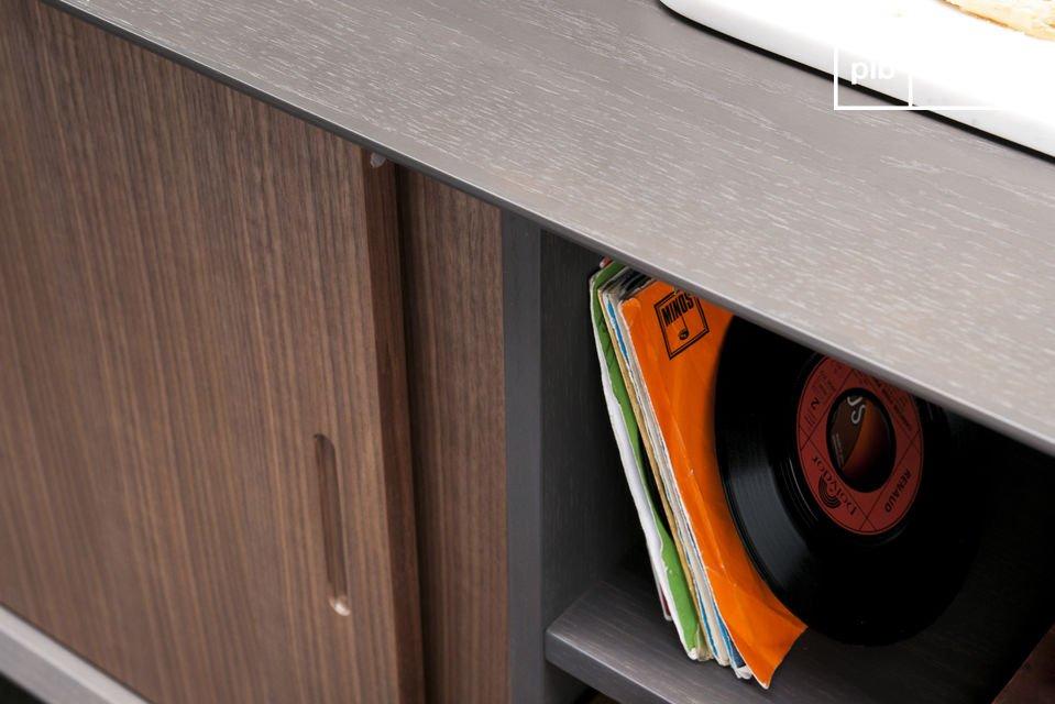 Optez pour un meuble de rangement qui allie la praticité d\'une conception moderne et l\'élégance