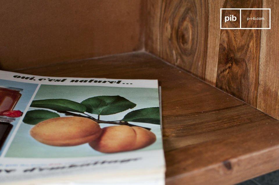 Buffet au style vintage dans l'esprit des meubles scandinaves