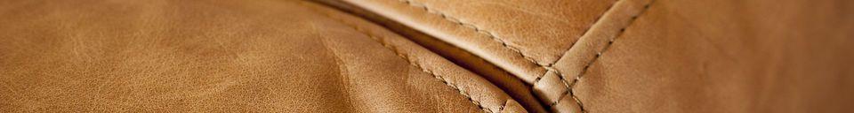 Mise en avant matière Canapé Almond en cuir marron