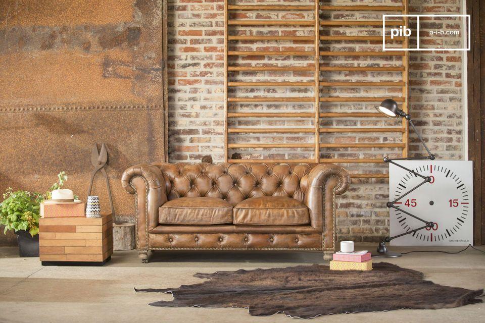 Profitez d\'une ambiance club anglais, avec ce canapé en cuir Chesterfield Saint Paul