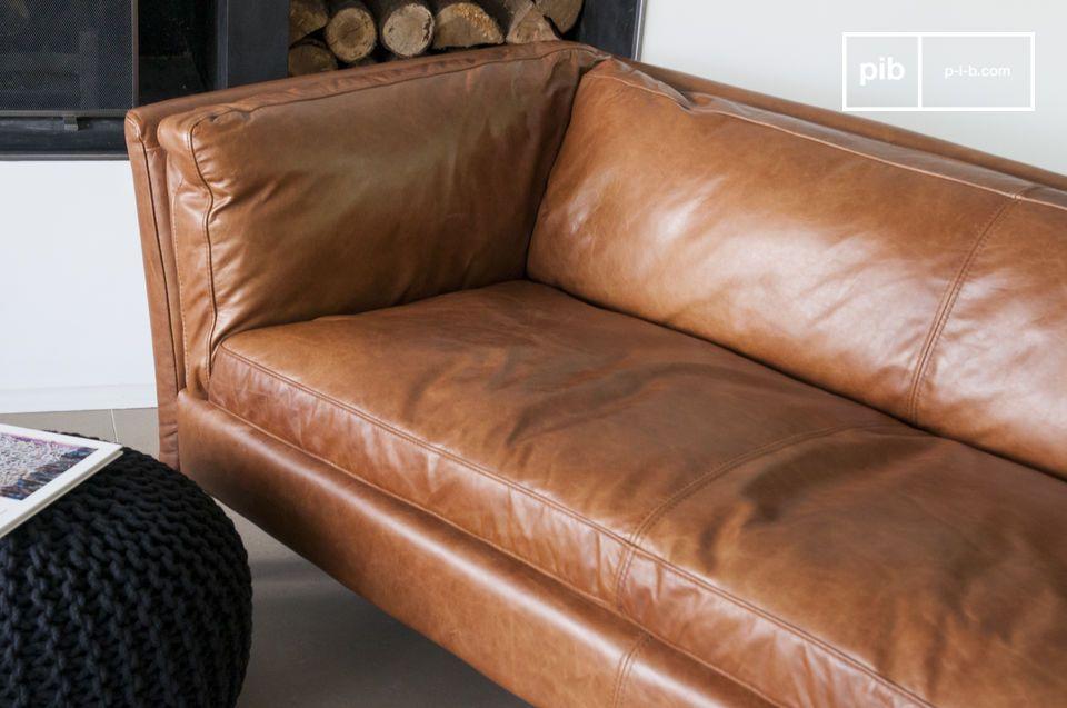 Probablement un des canapés en cuir au style vintage les plus réussis