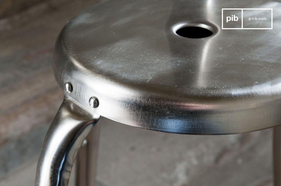 Optez pour une tabouret de bar design au look 100% industriel vintage