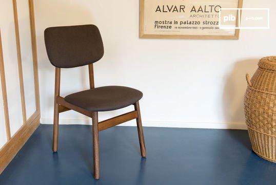 Chaise en bois Larssön