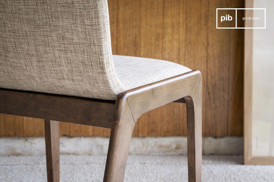 Une chaise robuste et confortable