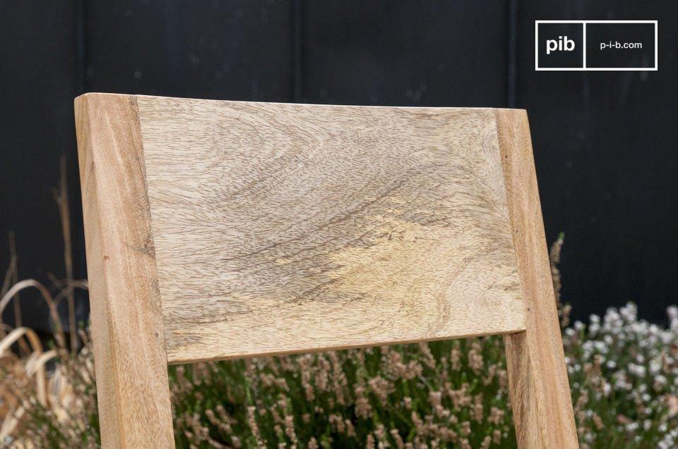 Réalisée tout en bois clair