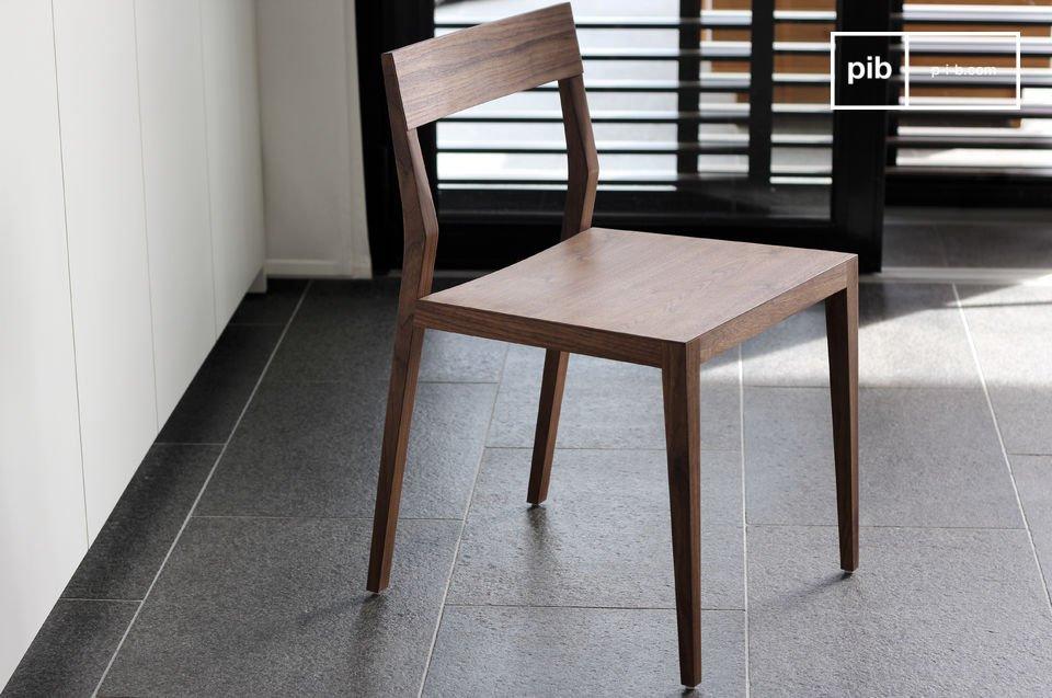 Habillez votre salle à manger de chaises élégantes, aux lignes légères