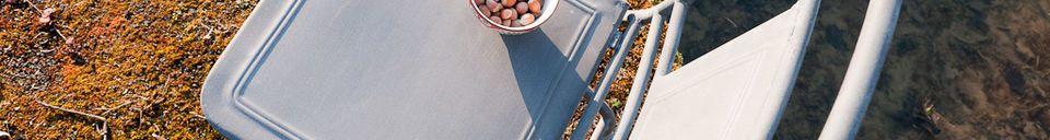Mise en avant matière Chaise pliante finition zinc