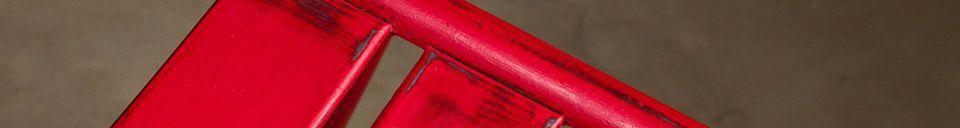 Mise en avant matière Chaise Pretty rouge patinée