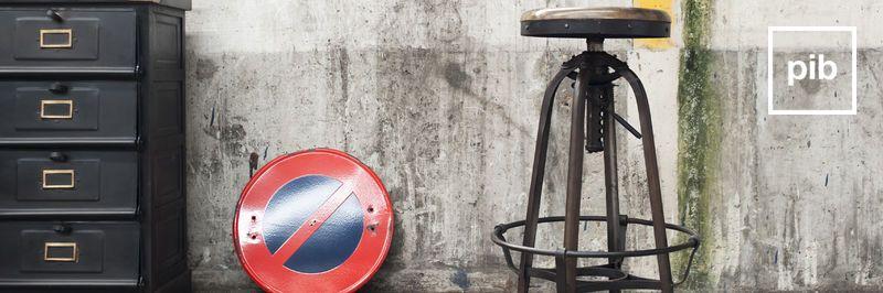 Chaises & tabouret de bar industriel bientôt de retour en collection