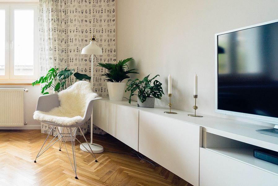 5 conseils pour choisir son meuble tv. Black Bedroom Furniture Sets. Home Design Ideas