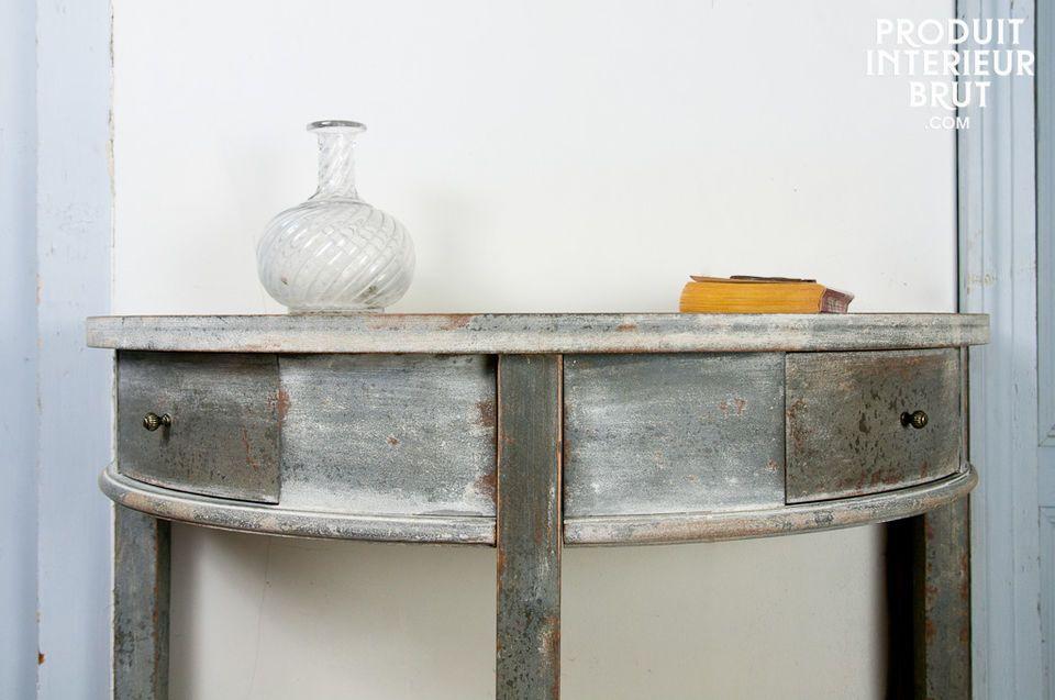 Opter pour la console Clair de Lune c\'est d\'abord opter pour un meuble tout en bois