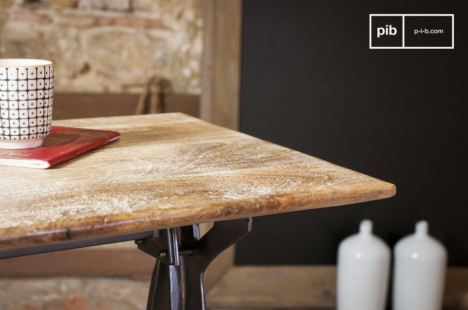 La console bois metal Jetson alliant esthétique du meuble industriel vintage et ligne audacieuse