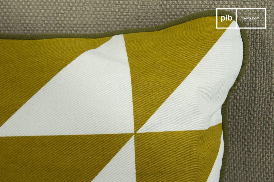 Un coussin décoratif réalisé tout en coton biologique
