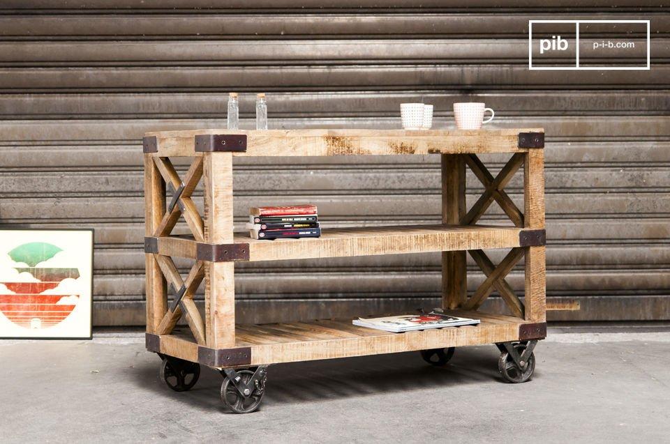 La desserte Paddington rayonne par son identité industrielle très marquée dans l\'esprit du mobilier atelier ancien