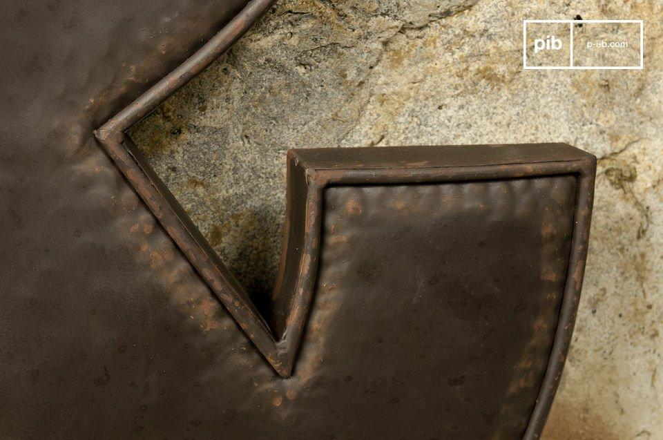 Cette esperluette est un véritable accessoire de decoration loft qui conférera un style tout à
