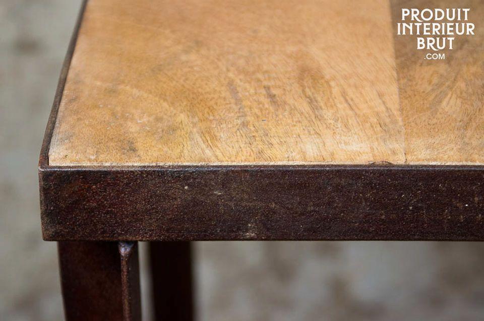 Étagère 3 plateaux métal et bois au style industriel vintage