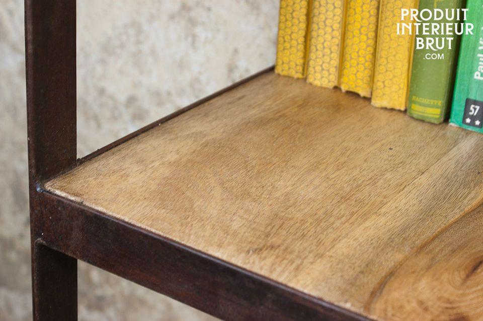 Étagère 4 plateaux métal et bois au style industriel vintage
