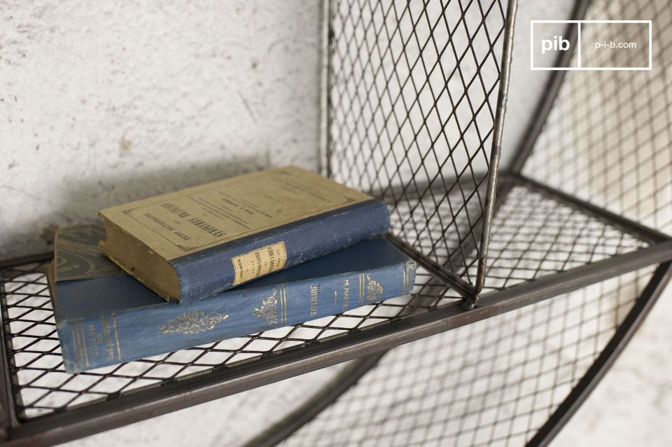 Une étagère hors du commun associant style loft et finitions brutes pour apporter du cachet aux