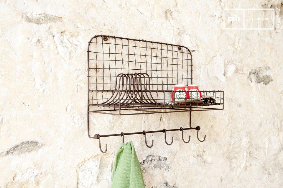 L'accessoire mural pratique pour une touche de déco métal dans la cuisine