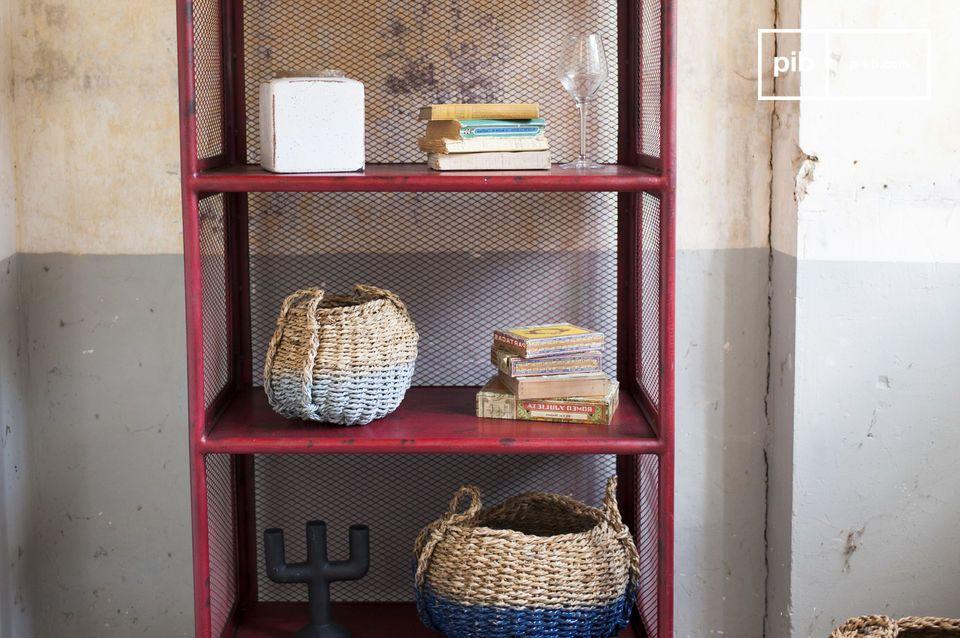 L\'étagère Sedona est un meuble de rangement robuste qui mettra en valeur les objets que vous