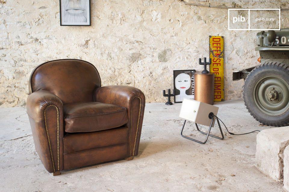 Un fauteuil club au design intemporel, avec une nouvelle finition au charme unique