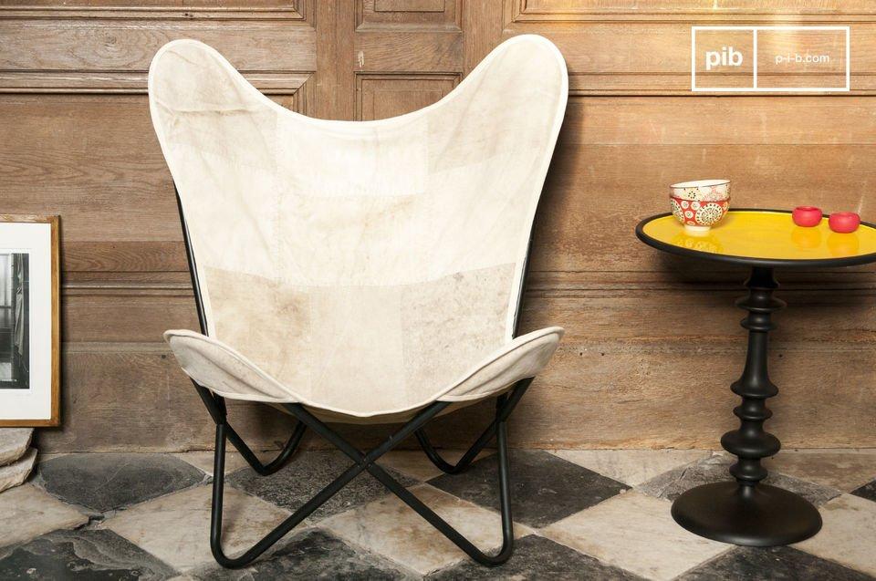 Le fauteuil Colina se révélera comme un parfait allié pour vos moments de détente