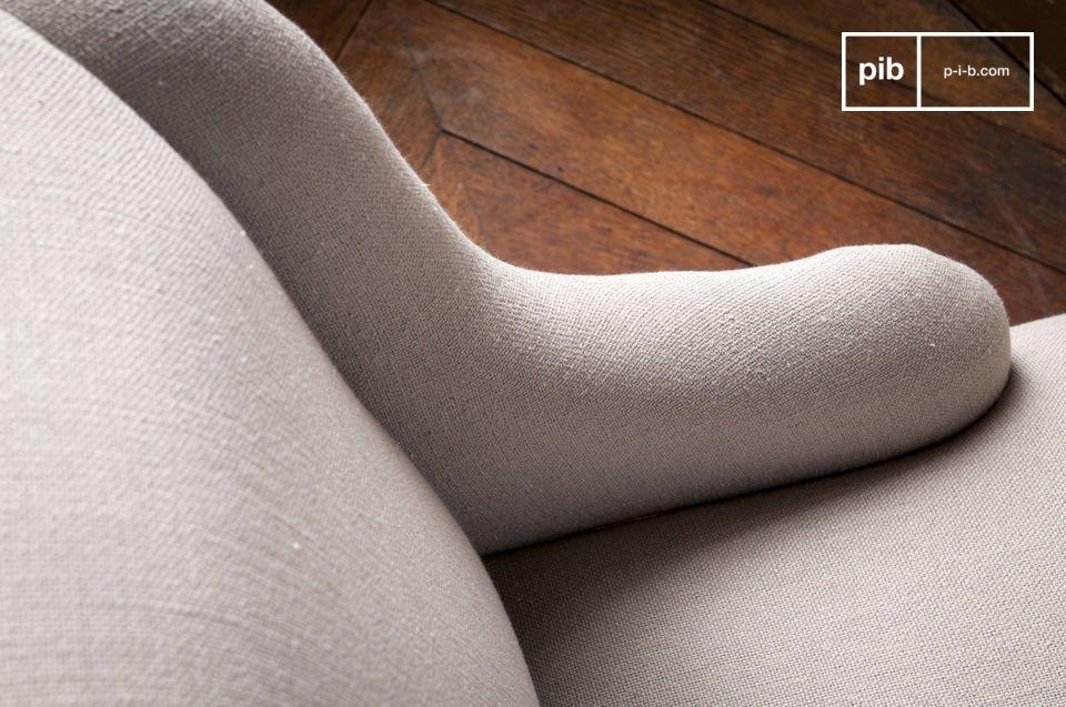 Vous apprécierez le très bon niveau de finition du fauteuil Dumas