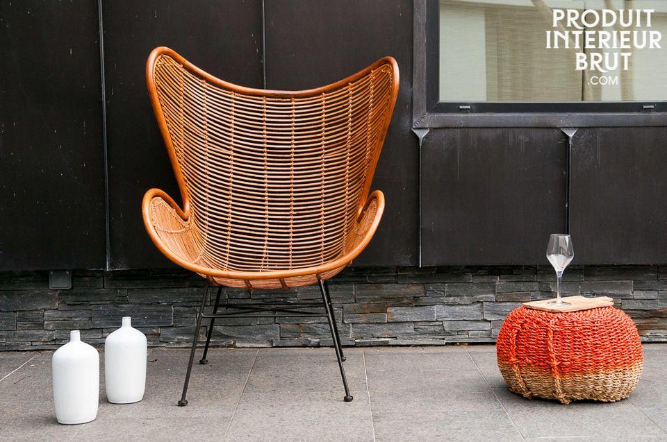 Le fauteuil Olivia puise les courbes de sa ligne dans les fauteuils design scandinaves des années